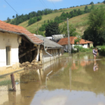 Bani de la guvern pentru inundații
