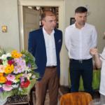 Flori pentru cei 84 de ani ai lui Liviu Groza