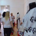 Muzeul caransebeşean s-a îmbrăcat în ie
