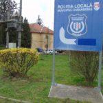 La Poliţia Locală Caransebeş, patru oameni din cinci dorm în post