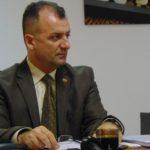 Adrian Cican dezgroapă morţii la spitalul din Caransebeş
