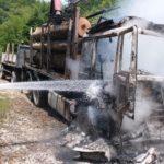 La Glimboca, lemnul a scăpat ca prin minune din incendiu