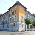 """Administraţia caransebeşeană pune piciorul în prag la """"C.D. Loga"""""""