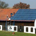 Sisteme fotovoltaice pentru 192 de gospodării cărășene