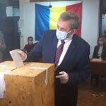 Ministrul Marcel Vela, primul la vot!