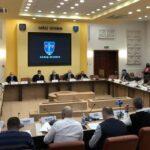 S-au împărţit banii la Consiliul Judeţean