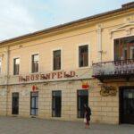 La Casa de Cultură din Caransebeş, unde-i lege nu-i tocmeală